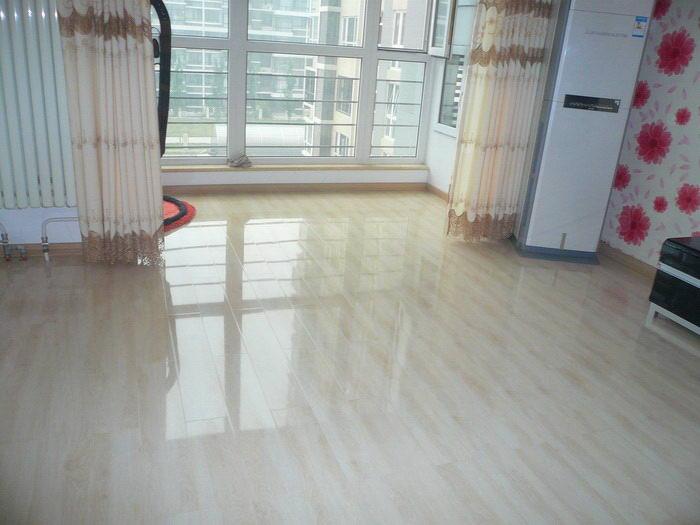 好机会,装修房子买地板的看过来喽